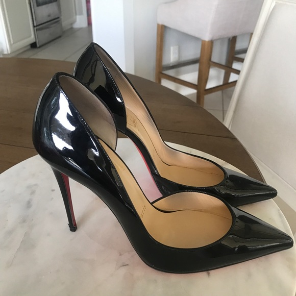 factory authentic fcf08 a8d1e Christian Louboutin size 39/9 pointy black heels